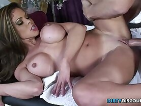 Squirting milf drilled on the massage table