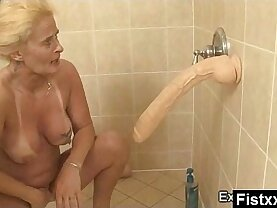 Hilarious Fisting Milf Nude And Wild
