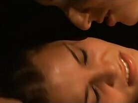 Victoria Maurette forced by lesbians in Bulletface