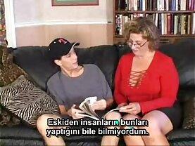 Bayan Green Turkce alt yazi eklenmis alinti